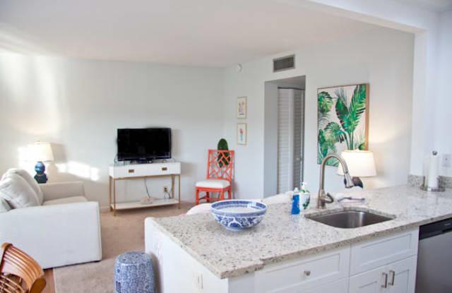 4201 S Ocean Boulevard - 4201 South Ocean Boulevard, South Palm Beach, FL 33480