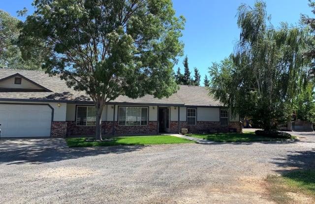 12642 DELAWARE RD - 12642 Delaware Road, Hickman, CA 95323