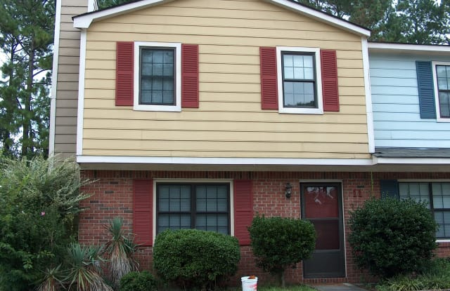 11 Donnell Avenue - 11 Donnell Avenue, Havelock, NC 28532