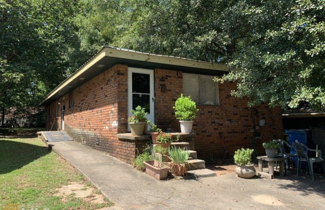 1430 Clermont Ave - 1430 Clermont Avenue, East Point, GA 30344