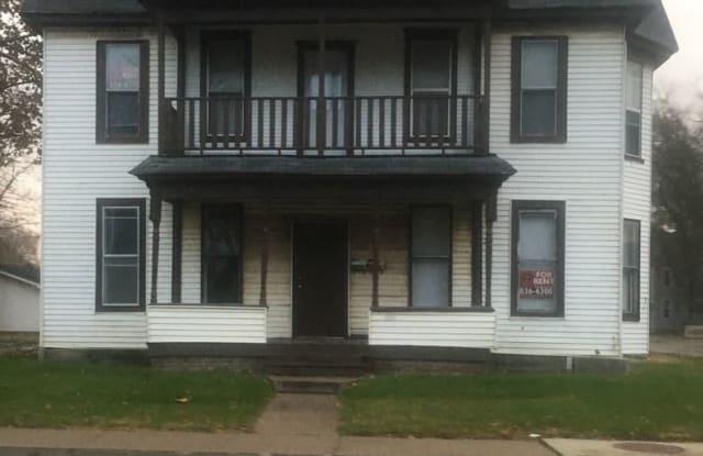 521 N. Lafayette #1 - 521 N Lafayette St, Macomb, IL 61455