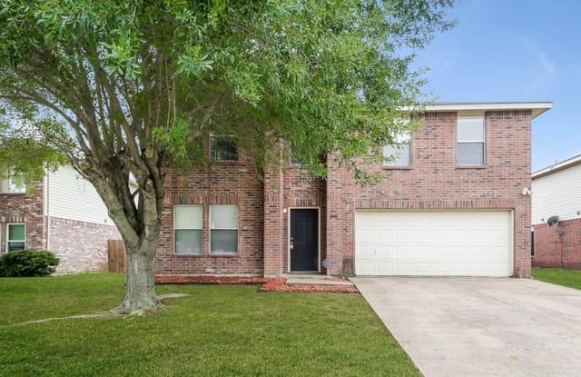 2991 Celian Drive - 2991 Celian Drive, Grand Prairie, TX 75052
