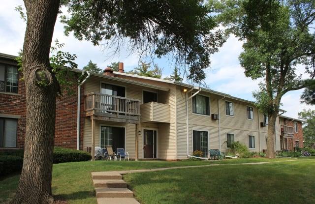 Arbor Lakes at Middleton Apartments - 3511 Roma Ln, Middleton, WI 53562