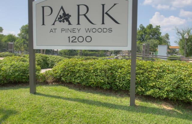 Park at Piney Woods - 1200 S Frazier St, Conroe, TX 77301