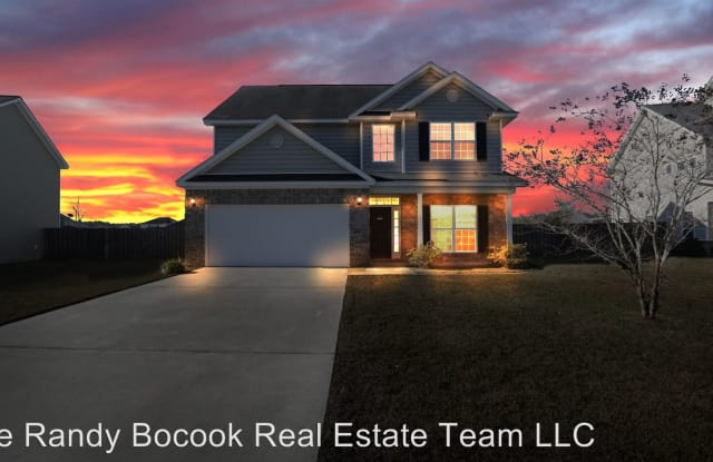 145 Blue Oak - 145 Blue Oak Dr, Richmond Hill, GA 31324