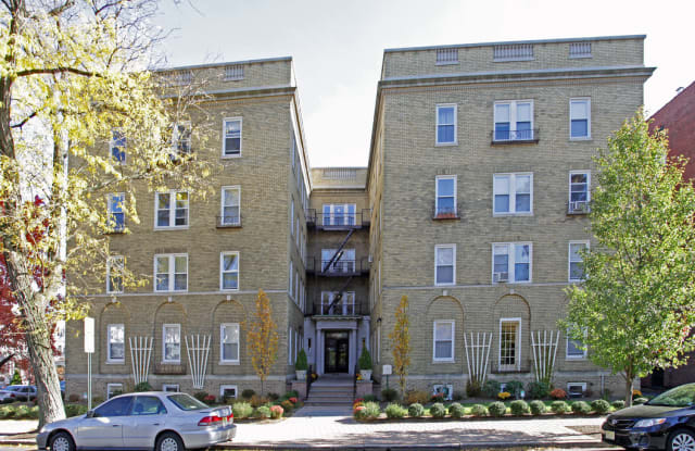28 Gates Avenue Apartments - 28 Gates Avenue, Essex County, NJ 07042