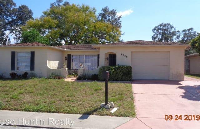 8020 SIMSBURY DR - 8020 Simsbury Drive, Jasmine Estates, FL 34668