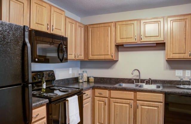 Cityscape Apartments - 5707 Highway 7, St. Louis Park, MN 55416