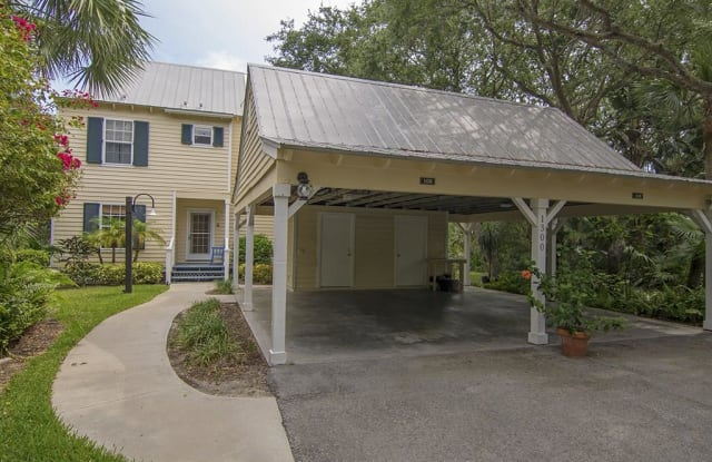 1300 Palmetto Court - 1300 Palmetto Court, Wabasso Beach, FL 32963
