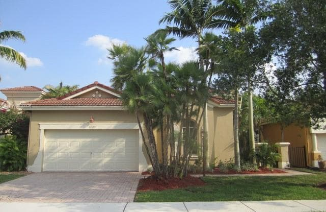 5869 NW 120 AV - 5869 NW 120th Ave, Coral Springs, FL 33076