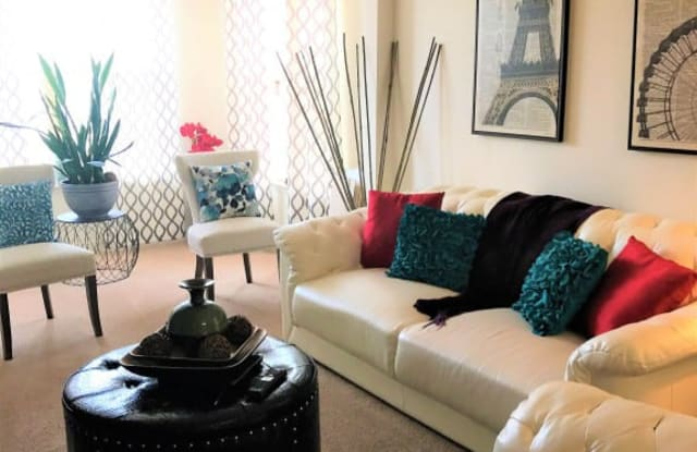 Wilsondale Apartments - 1220 N King St, Hampton, VA 23669