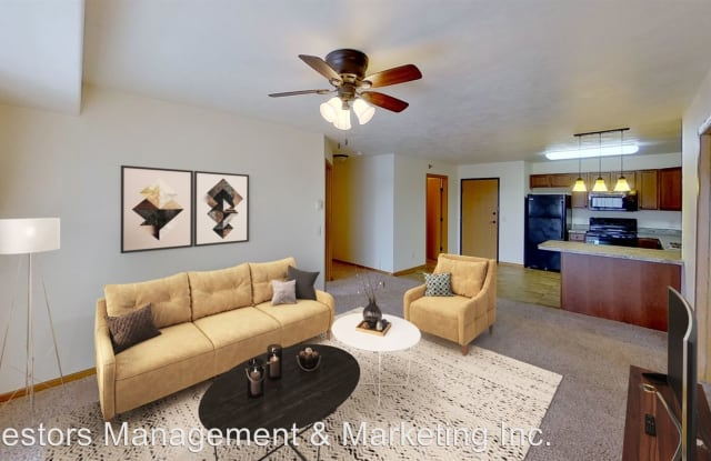 Sunset Pointe - 2200 33rd Street NW, Minot, ND 58703