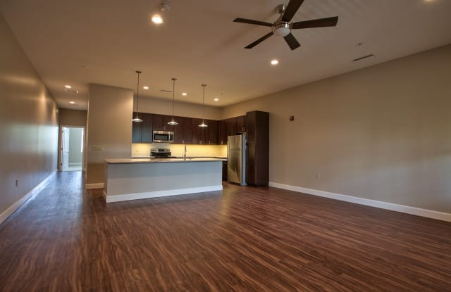1525 W Tennessee - 1525 West Tennessee Street, Tallahassee, FL 32304