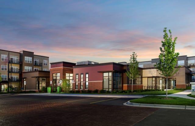 Residences at Hamilton Lakes - 1133 Arlington Heights Road, Itasca, IL 60143
