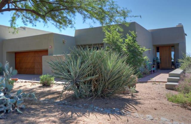 10103 E GRAYTHORN Drive - 10103 East Graythorn Drive, Scottsdale, AZ 85262