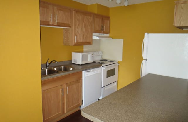 Heights Apartments - 524 14th Street South, St. Cloud, MN 56301