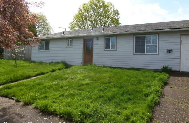 2930 Dawn St NE - 2930 Dawn Street Northeast, Salem, OR 97301