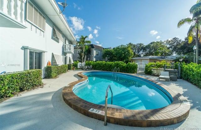 1200 Mariposa Ave - 1200 Mariposa Avenue, Coral Gables, FL 33146
