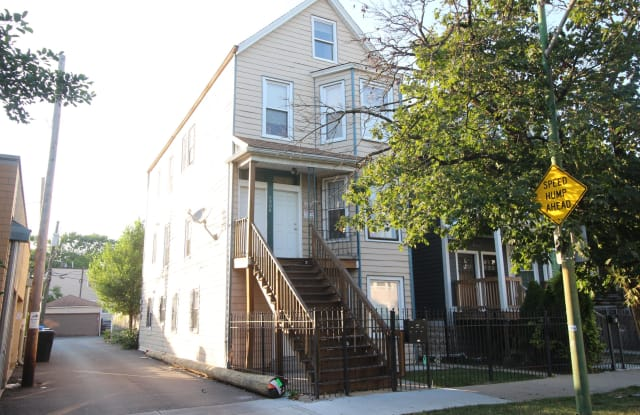 2906 N Ridgeway Ave, Unit 2, Chicago, IL 60618 - 2906 North Ridgeway Avenue, Chicago, IL 60618