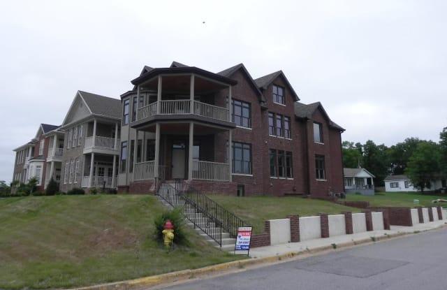 501 Wilcox St - 501 Wilcox Street, Clarksville, TN 37040