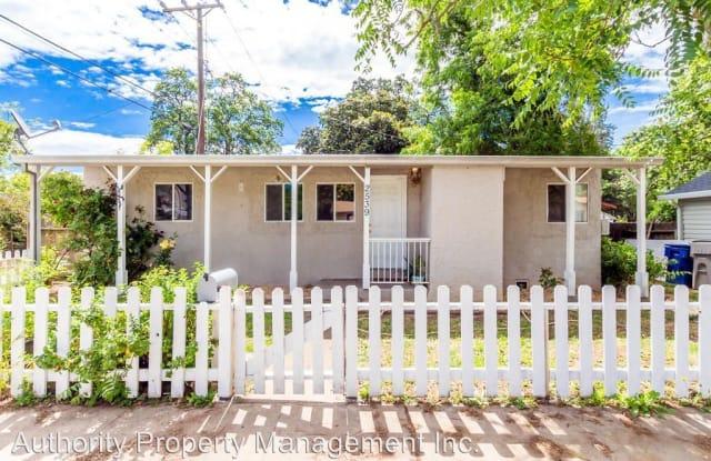 2539 Lanning Ave. - 2539 Lanning Avenue, Redding, CA 96001