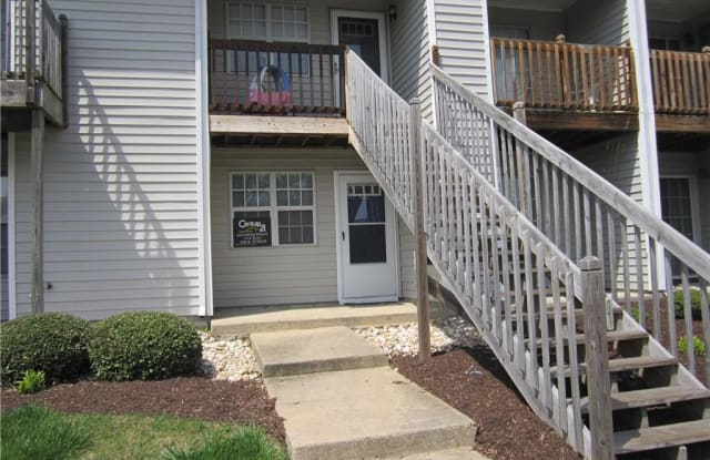 3752 Towne Point Road - 3752 Towne Point Road, Portsmouth, VA 23703