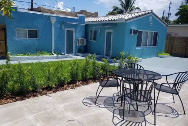 1637 Jackson Street - 2, Unit 2 - 1637 Jackson Street, Hollywood, FL 33020