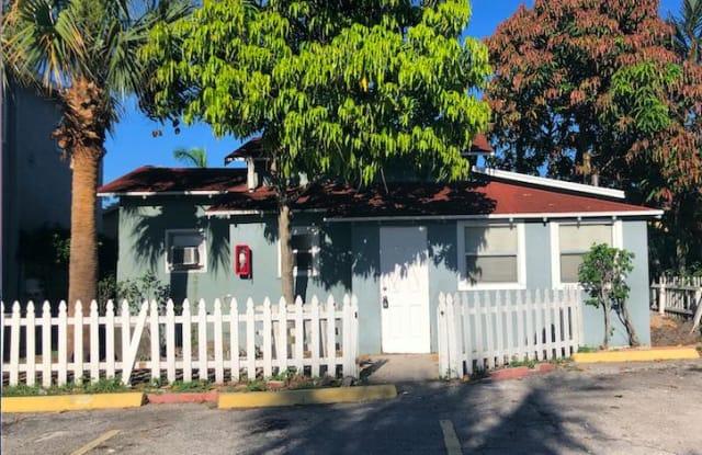 1000 W Lakewood Road - 1000 West Lakewood Road, West Palm Beach, FL 33405
