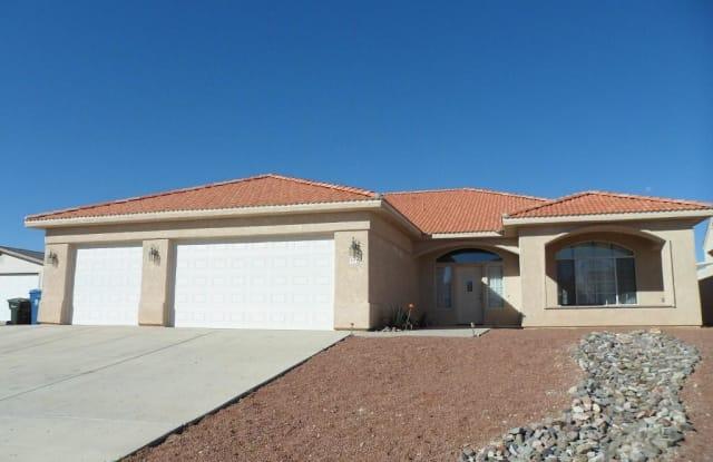 377 Robin Drive - 377 Robin Dr, Bullhead City, AZ 86429