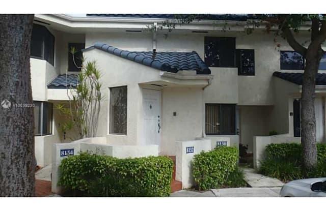 8132 NW 15th Mnr - 8132 Northwest 15th Manor, Plantation, FL 33322