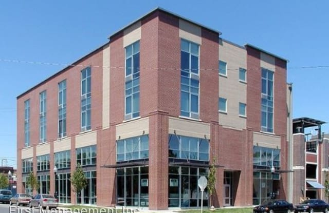 947 Lofts - 947 New Hampshire Street, Lawrence, KS 66044