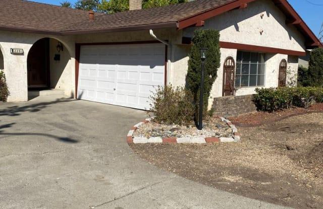 2251 Trotter Way - 2251 Trotter Way, Walnut Creek, CA 94596