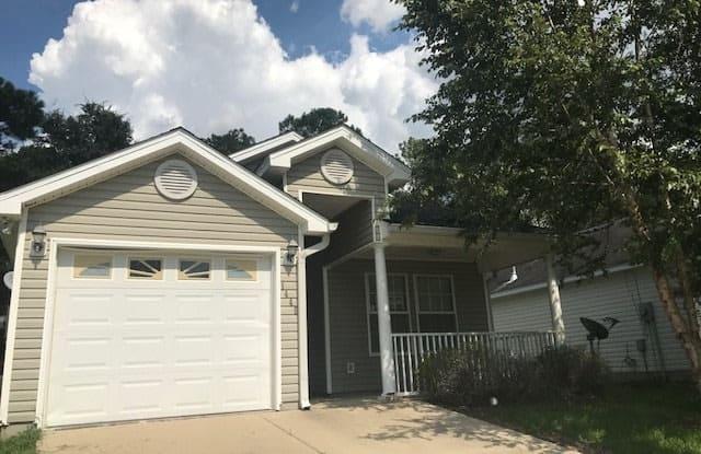 1445 Crescent Hills - 1445 Crescent Hill Dr, Tallahassee, FL 32303