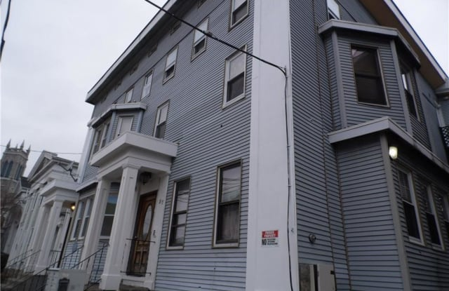 37 Tilley Street - 37 Tilley Street, New London, CT 06320