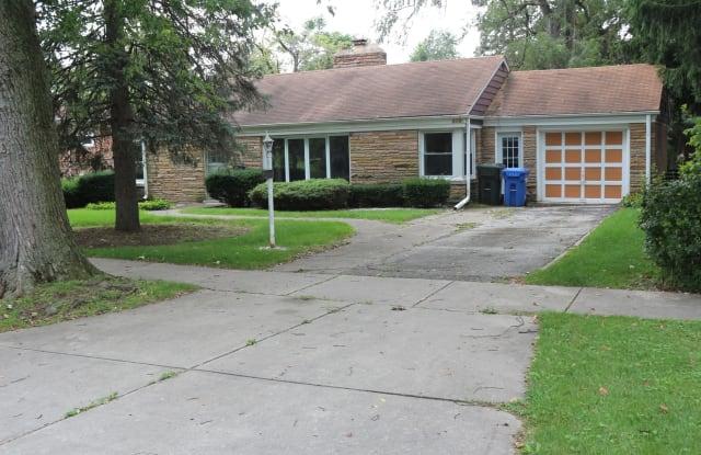 206 Grove Avenue - 206 Grove Avenue, Des Plaines, IL 60016