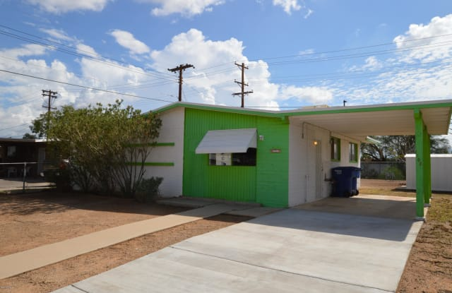1705 S Winstel Avenue - 1705 South Winstel Avenue, Tucson, AZ 85713