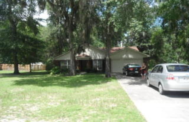 865 Flora Ellen St - 865 Flora Ellen Street, Hinesville, GA 31313