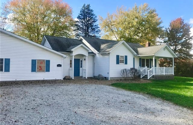 9266 South Ave - 9266 South Avenue, Mahoning County, OH 44514