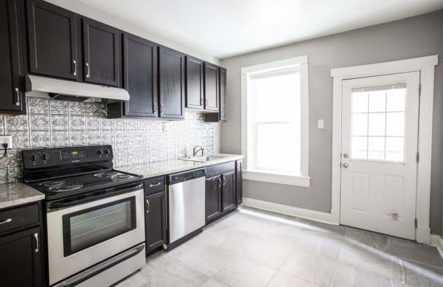 Vandy House - 3902 Lindell Blvd, St. Louis, MO 63108