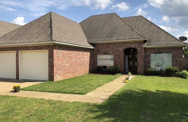 335 Greengate Circle - 335 Greengate Cir, Brandon, MS 39042