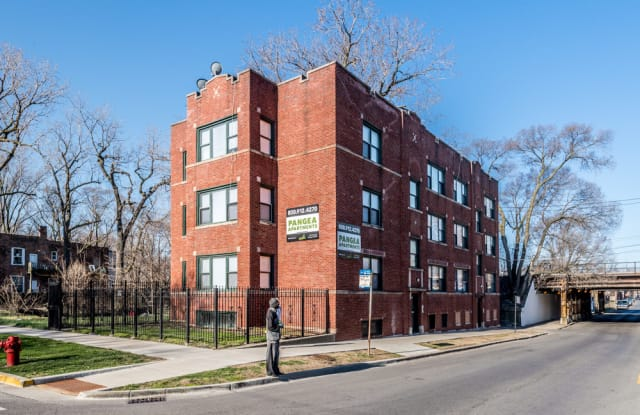 543 W 74th St - 543 W 74th St, Chicago, IL 60621