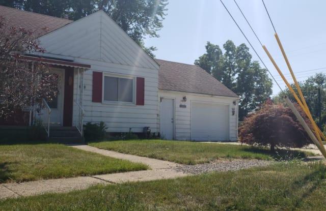 3933 Clairmont St - 3933 Clairmont Street, Flint, MI 48532