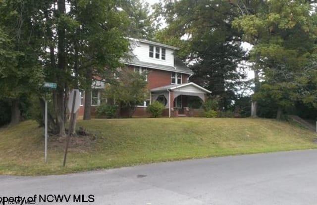 20 Savannah Street - 20 Savanah Street, Westover, WV 26501