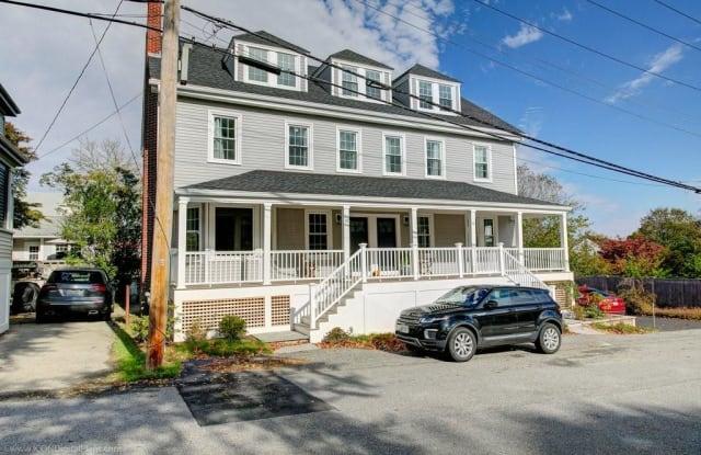 10 Champlin Street - 10 Champlin Street, Newport, RI 02840