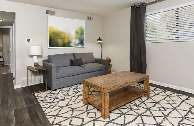 Carlyle Apartments - 7530 Cody St, Shawnee, KS 66214