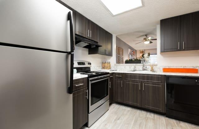 Siena Apartments - 8080 NW 10th Ct, Plantation, FL 33322