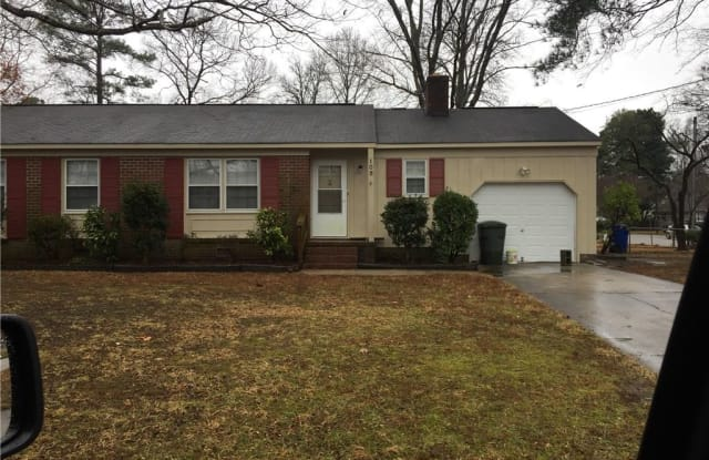 105 Parker Avenue - 105 Parker Avenue, Newport News, VA 23606
