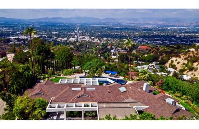 13741 Mulholland Drive 1/2 - 13741 Mulholland Dr, Los Angeles, CA 91423