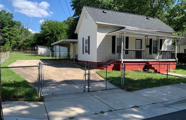 730 Spruce Street - 730 Spruce Street, Mooresville, NC 28115