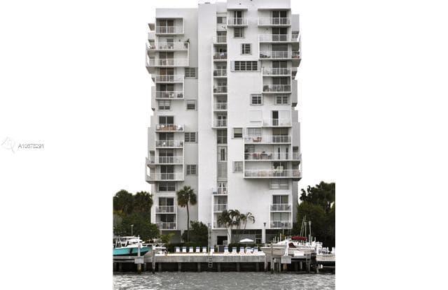 150 SE 25 RD - 150 SE 25th Rd, Miami, FL 33129
